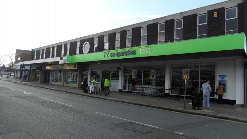 Large Retail Unit With High Footfall