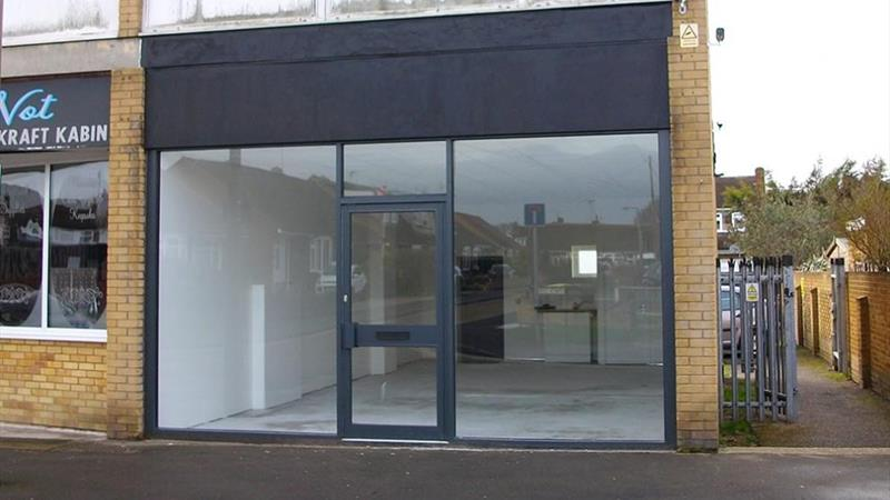 Shop/Office With On Street Parking