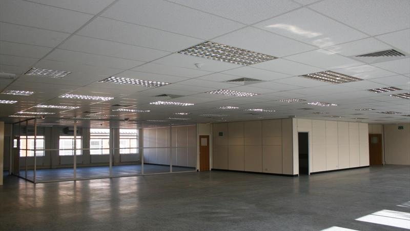 1st Floor R & D Premises With Ample Parking