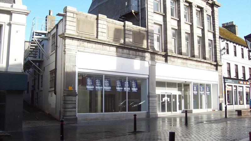 Retail Unit In Prominent Position
