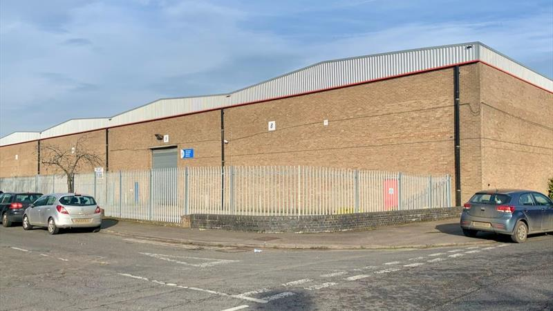 Warehouse Unit with Secure Yard