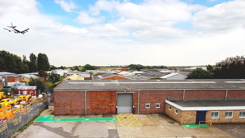 Industrial / Warehouse Premises with Secure Yard