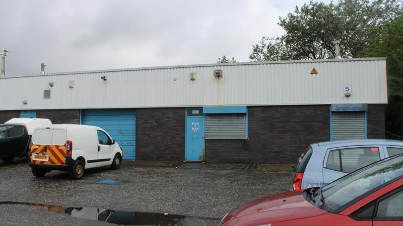 Industrial Unit With Shared Yard