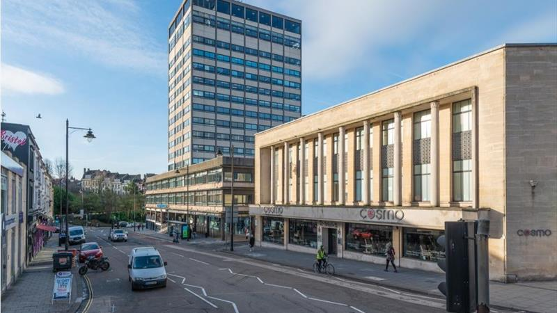 6th Floor Office With Easy Access To City Centre