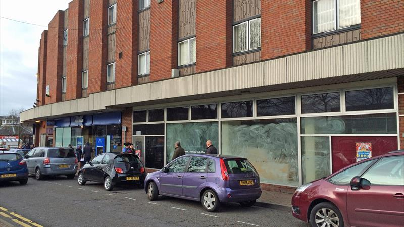 To Let - Retail Unit