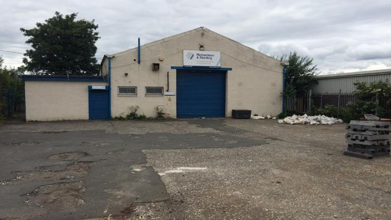 Workshop / Offices & Secure Yard