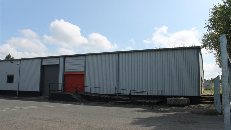 Warehouse In Large Secure Yard
