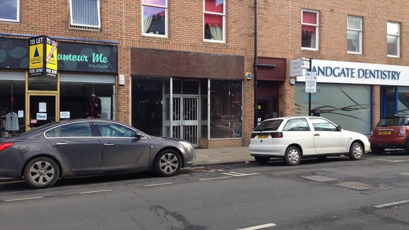 Modern Retail Premises to Let