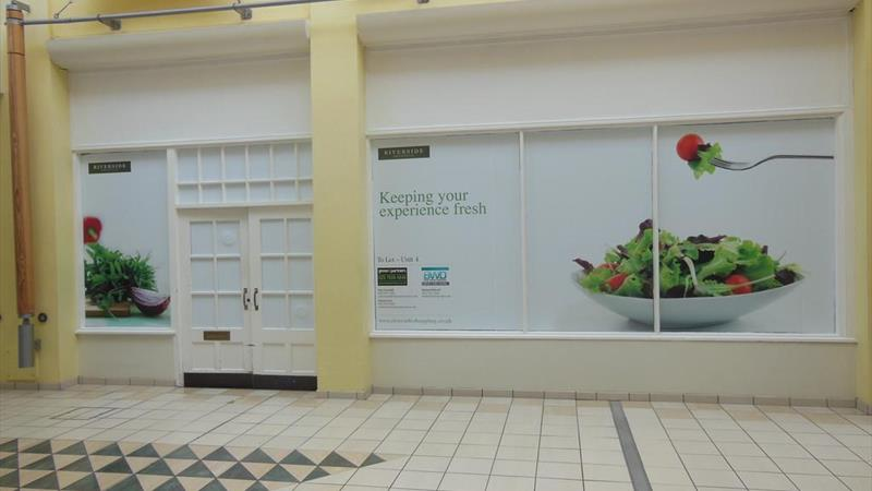 Retail Unit within Shopping Centre