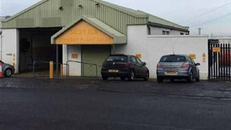 Secure Industrial Premises with Private Yard