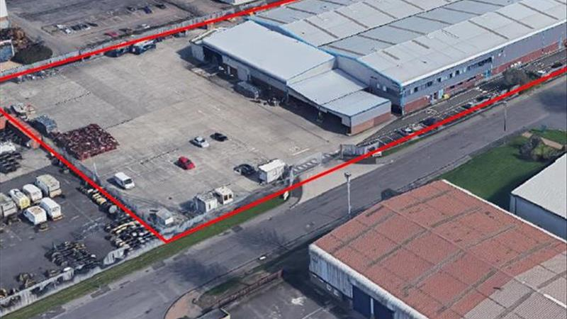INDSUTRIAL WAREHOUSE PROPERTY TO LET - TO BE REFUR
