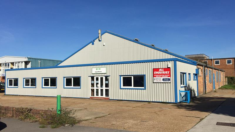 Industrial Premises With Forecourt Parking