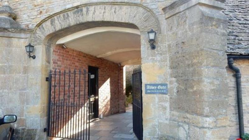 Office Suites Available to Let