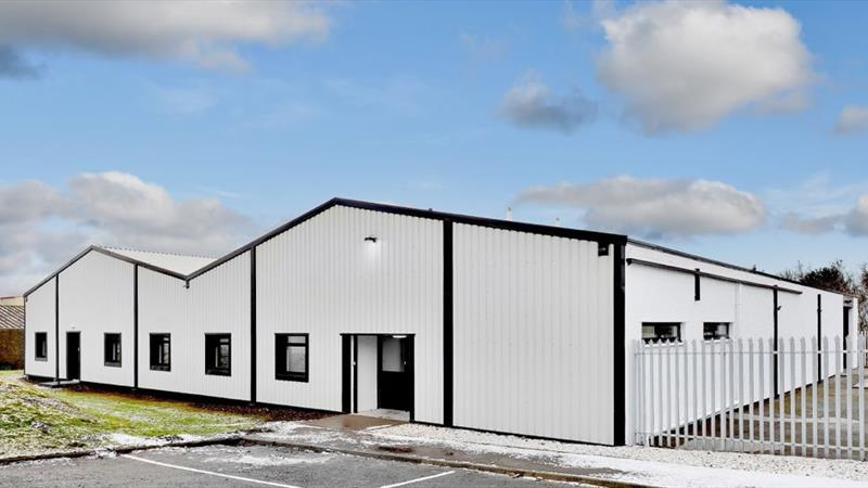 Warehouse Unit With High Quality Offices