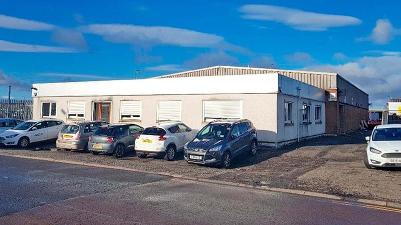 Detached Warehouse With Easy Access To M74
