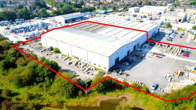 Single Storey Warehouse with large yard
