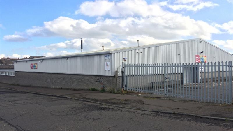 Warehouse With Secure Yard & Excellent Road Links