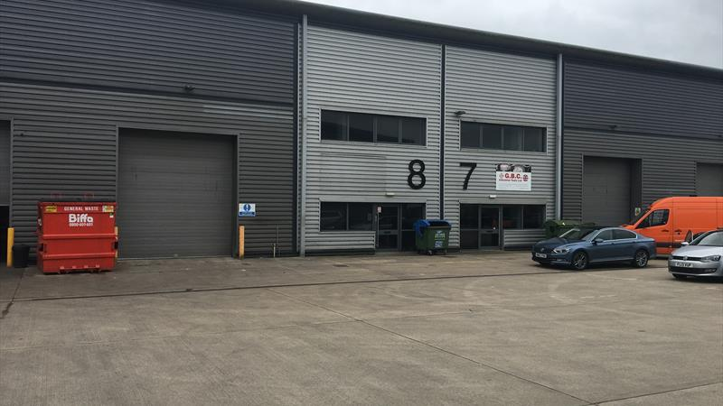 Warehouse Unit with Fully Fitted Offices