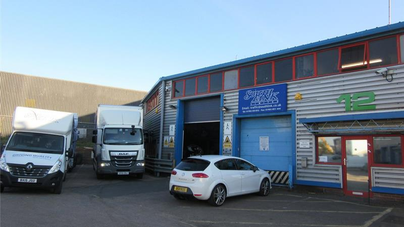 Industrial / Warehouse Unit with Offices