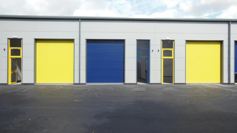 Industrial Unit With Forecourt Parking