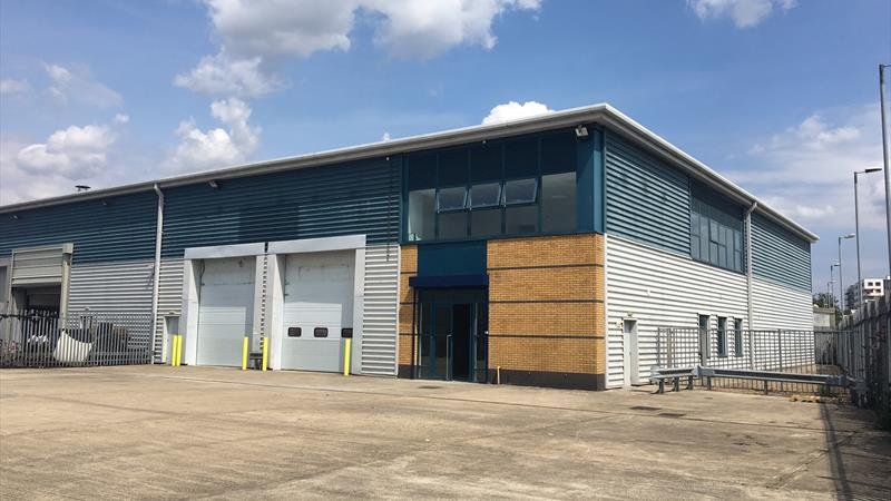 Warehouse / Industrial Unit with Secure Yard