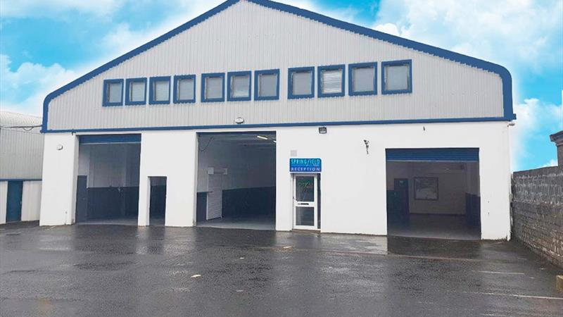 Industrial Units, Offices & Yard Space