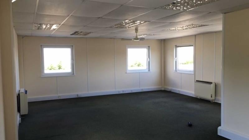 1st Floor Office Suites With 4 Parking Spaces