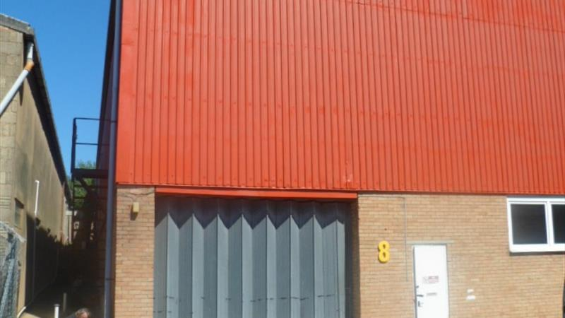 Warehouse / Factory Unit with Gated Access