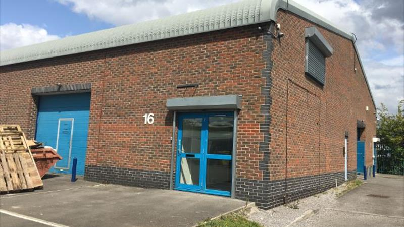 Warehouse In Secure Gated Business Park