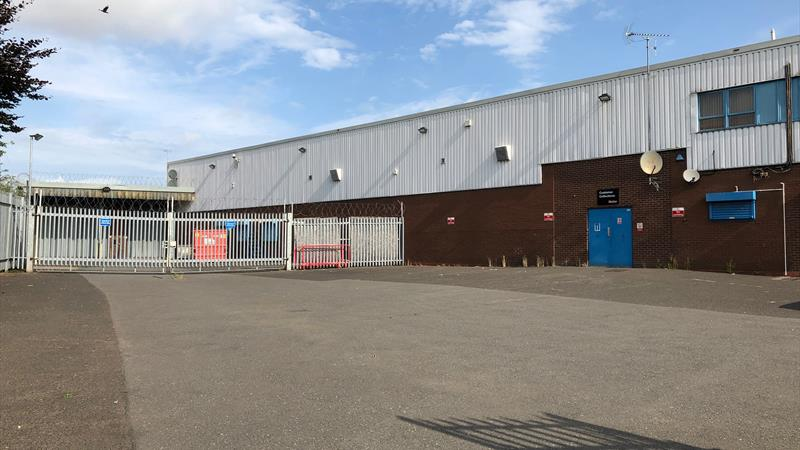 TO LET - Prominent Warehouse Premises
