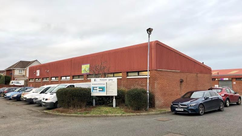 3 Industrial Units With On-Site Parking