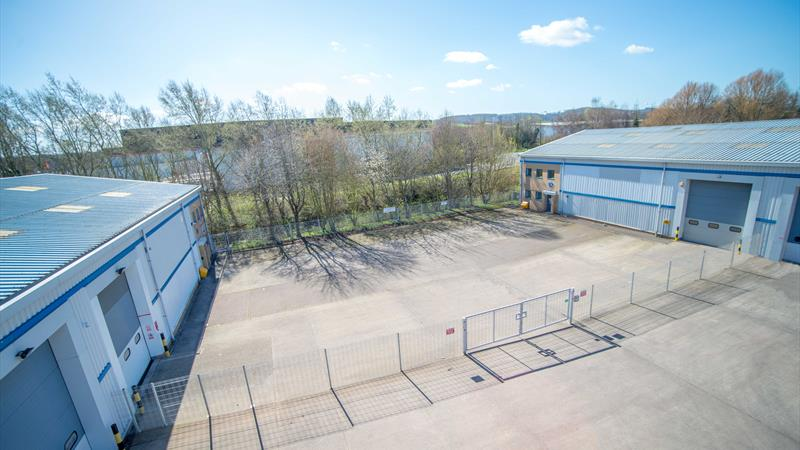 Industrial Unit Located In Secure Yard