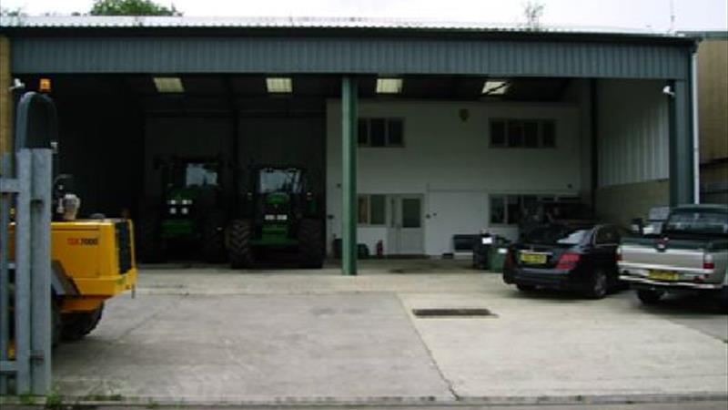 Industrial / Warehouse Unit with Yard