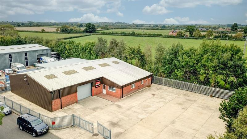 Modern Detached Industrial Unit with Yard