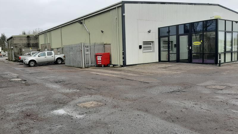 Industrial Premises With Excellent Motorway Access