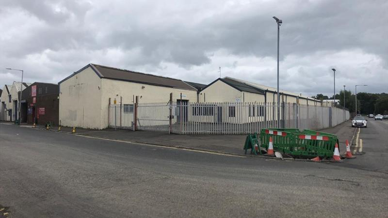 Industrial / Warehouse Unit with Private Yard