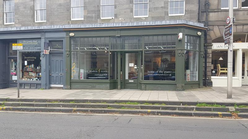 Large Double Fronted Retail Premises