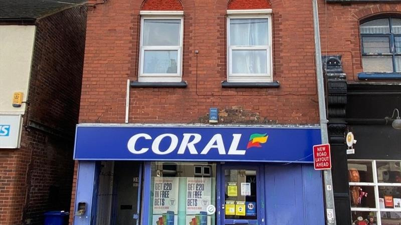 Retail/Office Premises In Prominent Location
