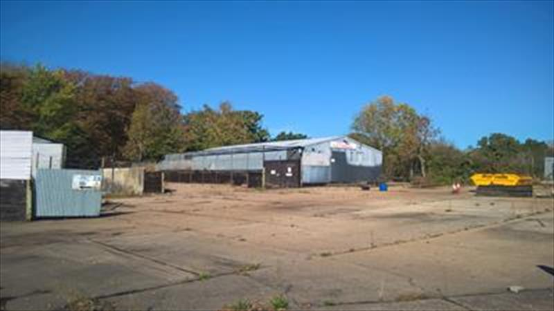 Warehouse With Yard To Let