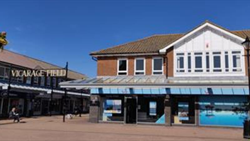 Town Centre Offices To Let