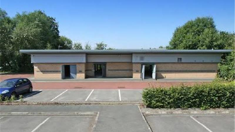 Modern Lakeside Offices in Knowsley For Sale or To