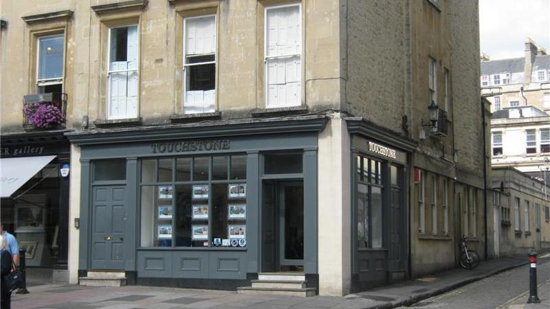 Shop Lease For Sale in the Historic City of Bath, 9 Edgar