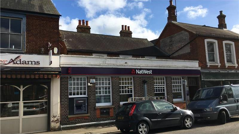 *UNDER OFFER* Former Bank To Let in Woburn Sands,