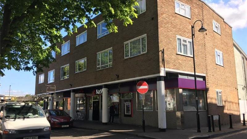To Let - Bank Premises - Former in Shepperton