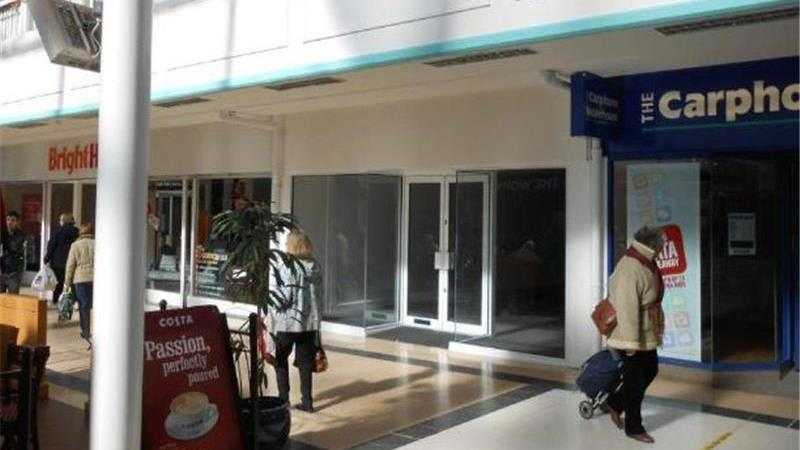 Retail Unit in Busy Shopping Centre in Stourbridge