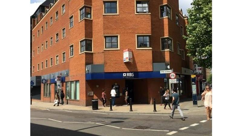 Former RBS Bank To Let in Uxbridge