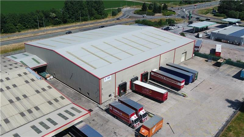 To Let - Modern Warehouse on secure site, Deeside,