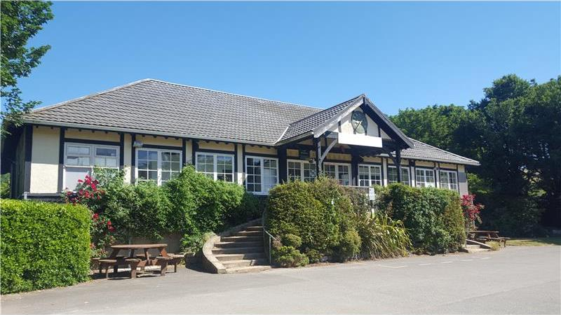 To Let - Cafe in idyllic park location