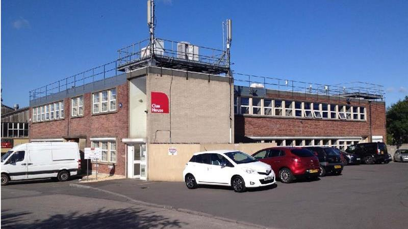 To Let - Part First Floor Office with on site park