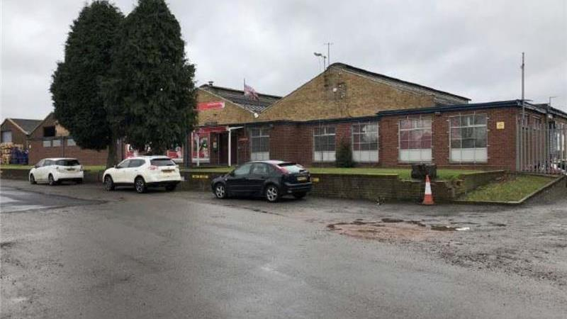 To Let - Large Open Plan Warehouse, Unit 21, Henle
